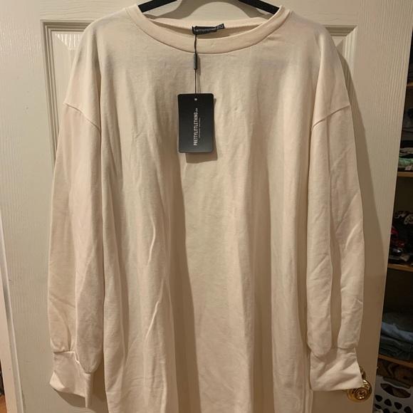 PrettyLittleThing Dresses & Skirts - Pretty Little Thing Sweatshirt Dress